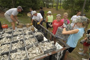 UNCW volunteers – including Oceans 17 summer camp, undergraduates, alumni and researchers – have worked with St. James residents.