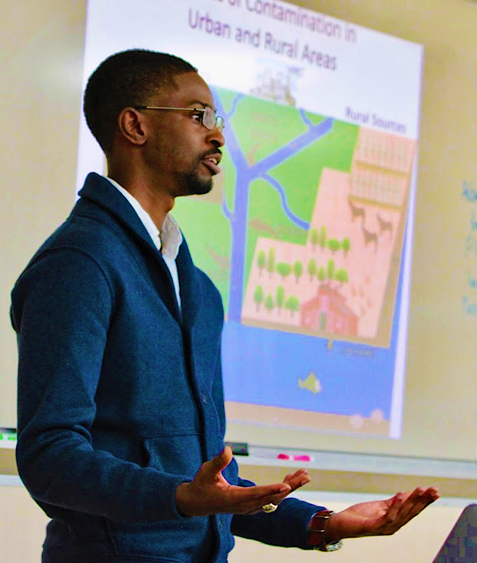 Former joint North Carolina Sea Grant and Water Resources Research Institute Fellow earned his Ph.D. and now works in environmental toxicology.