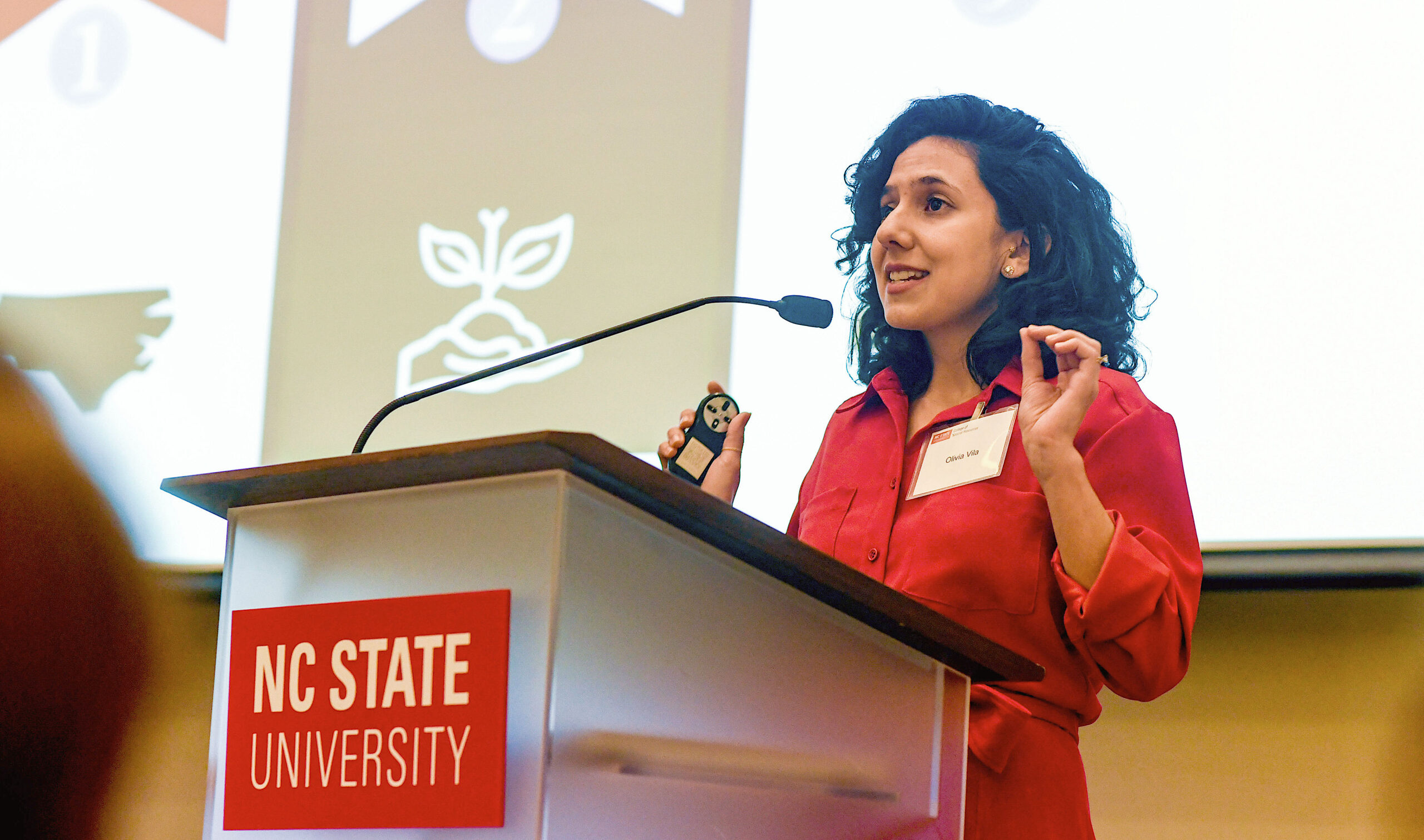 Olivia Vilá, who previously won a joint fellowship with North Carolina Sea Grant and the NC Water Resources Research Institute, is one of four finalists from N.C. in the 2022 class of Knauss Fellows.